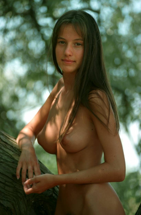 beautiful girl naked in forest; Babe Big Tits Brunette