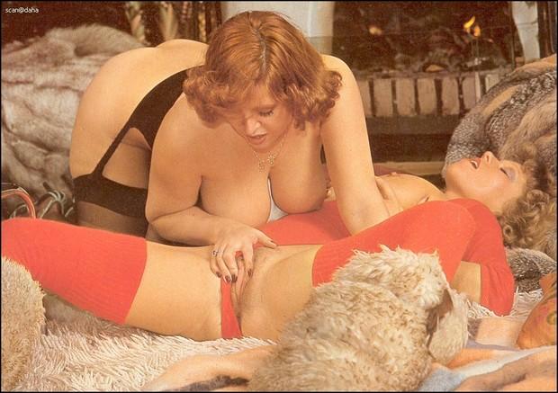 Vintage big tit lesbians