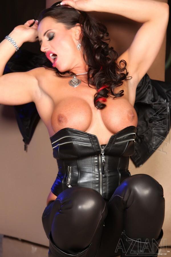 Nikki Jackson in latex.; Hot Pornstar