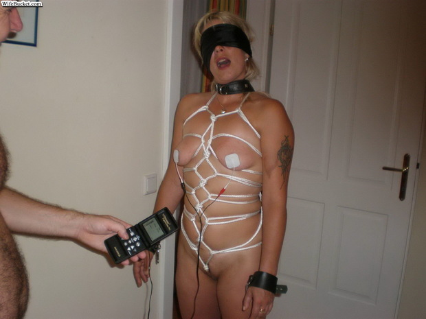 I love this model of the remote control wife. :-); Amateur Babe Bdsm Hot Milf