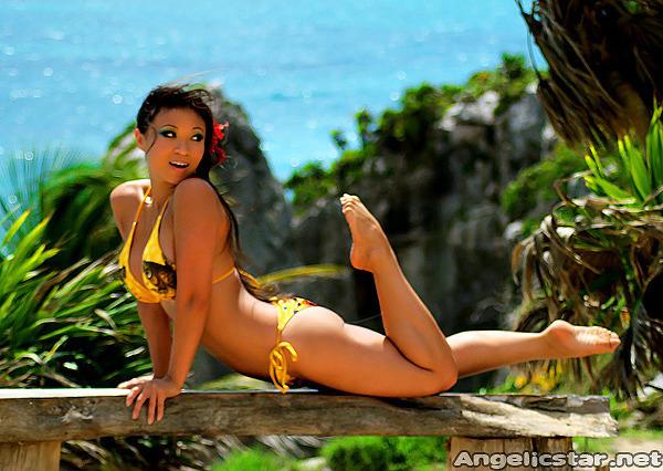 Yaya Han; Asian Babe Big Tits Non Nude
