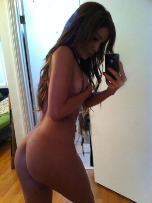 (JPEG Image, 500×668 pixels); Ass Babe Brunette