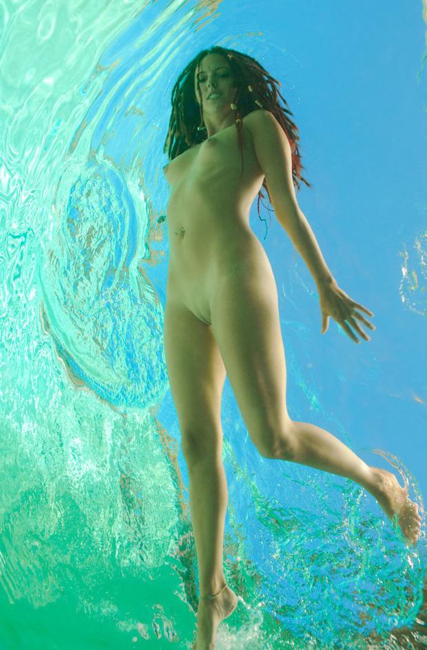 Девушки в воде фото голые 35192 фотография