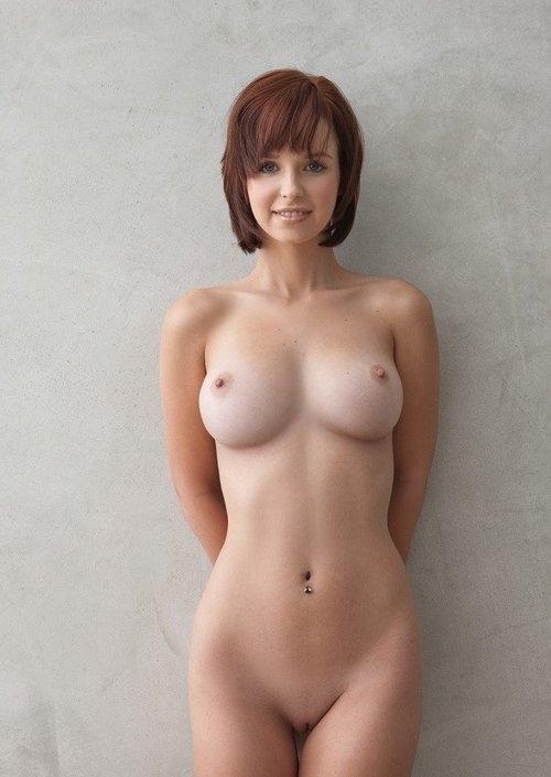 голая красивая грудь фото
