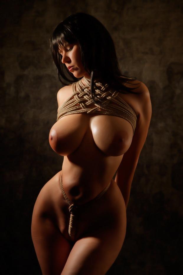 ...; Babe Big Tits Brunette Hot